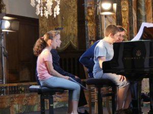 Les élèves de piano de l'EMION participent à une MasterClass !