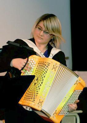 Professeur d'accordéon à l'EMION